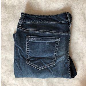 312Vanity Capri Jeans